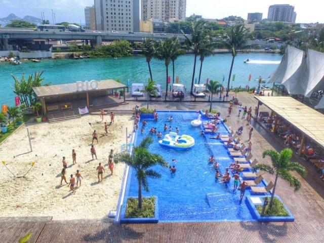 Rio Beach Club - Vida Rosa